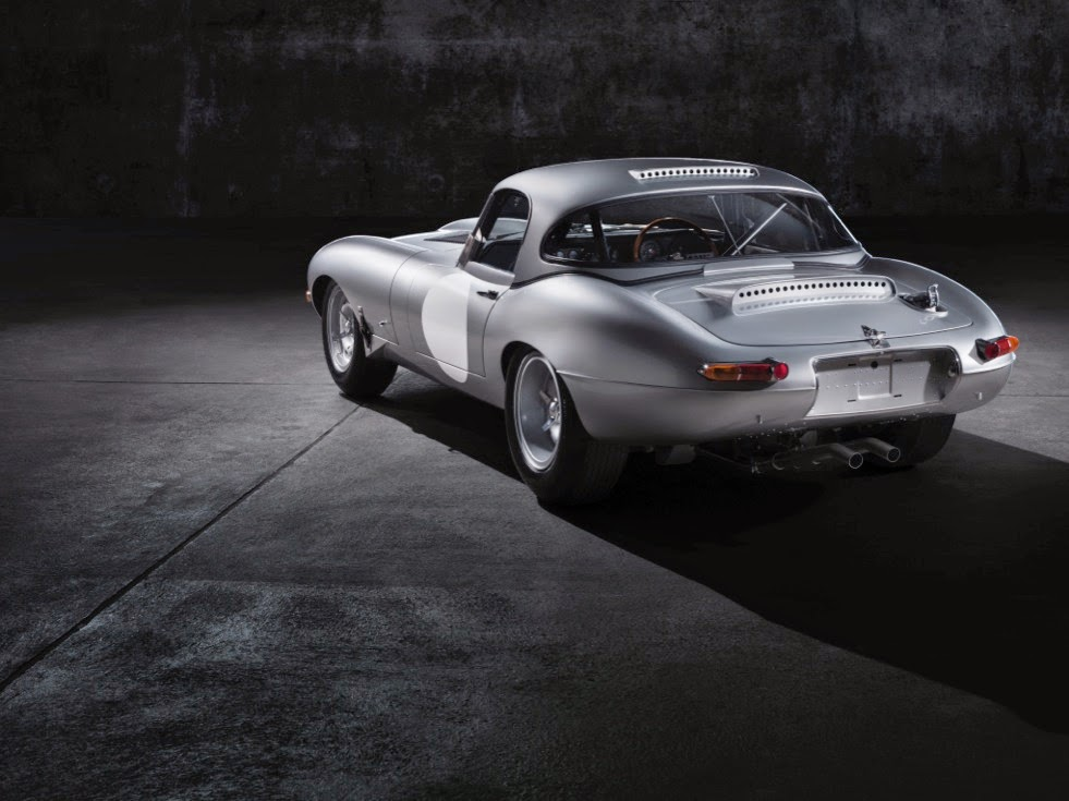 Jaguar Lightweight E-Types Hero_05