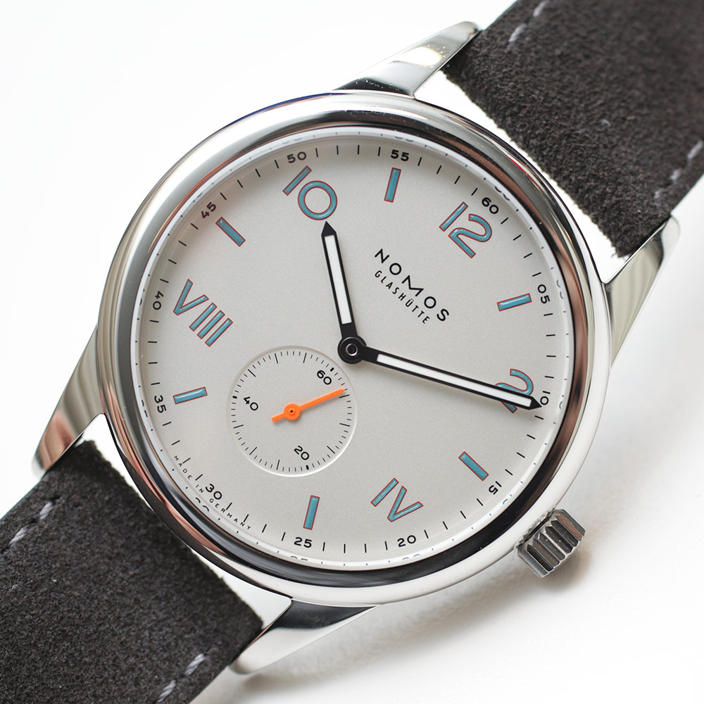 Nomos Club Campus Watches Hands-On Hands-On